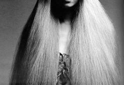 Doğal, dağınık ve uzunnn saçlar