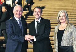 Macron'dan 'leziz' gaf