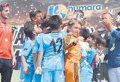 Altay World Milk Cup U9 şampiyonu İzmirgücü