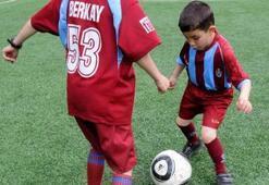 'Bal'ın yıldızı Bora futbola başladı