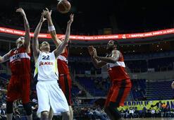 Fenerbahçe Ülker - NSK Eskişehir Basket: 86-76
