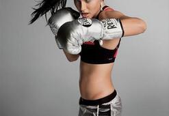 Adriana Lima podyumdan ringlere indi