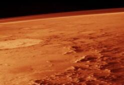 Hem Dünyada, hem de Marsta