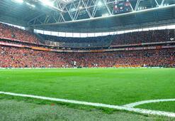 Galatasaray-Beşiktaş derbisinde seyirci rekoru