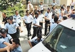 Polis, GSM'cilerin  canını zor kurtardı