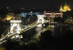 Tuna Nehrinin incisi Budapeşte