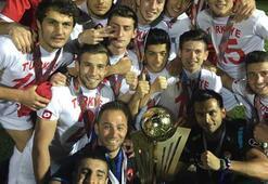 Trabzon Erdoğdu Anadolu Lisesi şampiyonları bekliyor