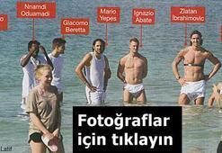 Yıldız futbolcular plajda