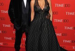 Kim Kardashian göz kamaştırdı