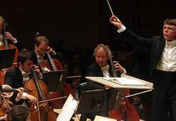 Dünyanın en iyi orkestrası İzmirde