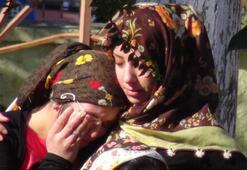 İki çocuğuyla son yolculuğuna uğurlandı