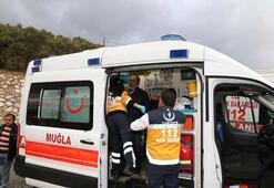Muğlada işçi servisi şarampole devrildi: 9 yaralı