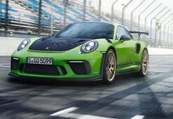 Porsche GT3 RS,  'Yeşil Cehennem'i büyük bir fark hızıyla geçti