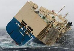 Kuru yük gemisi sürükleniyor