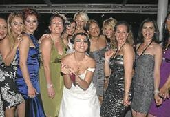 CNN Türk editörü evlendi