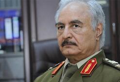 Öldüğü iddia edilen darbeci General Hafter Mısırdan Libyaya döndü