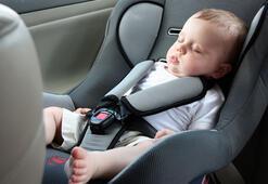 Bebeğini arabada uyutanlar dikkat