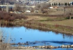 Bölgenin hayat kaynağı Dicle Nehri can çekişiyor