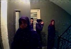 Kadın hırsızlar kameraya böyle yakalandı