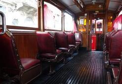 Nostaljik tramvay yeniden İstiklal Caddesi'nde