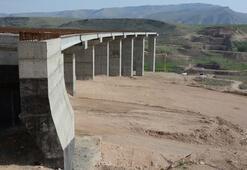 Türkiyenin 4. büyük asma köprüsünde sona doğru
