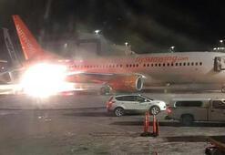 Son dakika... Havalimanında uçaklar çarpıştı