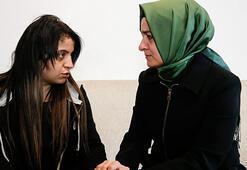Bakan Kaya, acılı anne Dilek Yardımı ziyaret etti