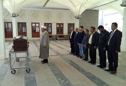 Serdar Kandemirin cenazesinde 7 kişi saf tuttu...