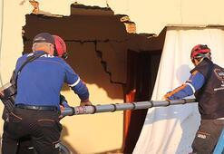 Depremle sarsılan Samsatta 155 konut hasar gördü