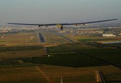Solar Impulse Atlas Okyanusunu aşarak İspanyaya vardı