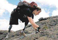 Üç gazi bir sağlam bacakla 6 bin metreye tırmandı