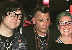 Ve Johnny Depp ortaya çıktı