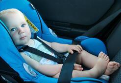 Otomobilde çocuk koltuğuna alışamadılar