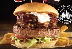 Dünya burgerleri Hard Rock Cafe Istanbul'da