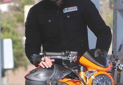 Keanu Reeves umursamadı, arkadaşı panikledi