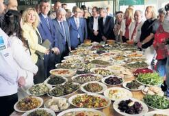 Kazdağları otlarıyla 40 çeşit yemek yapıldı