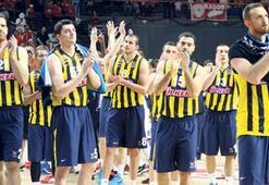 Alkışlar Fenerbahçeye