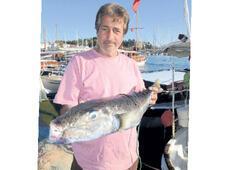 5 kiloluk balon  balığı yakalandı