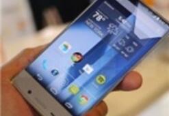 Sharp'tan Çerçevesiz Akıllı Telefon