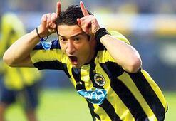 Eski futbolcu Serhat Akın, Twitch TVde canlı yayına başladı