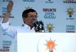 Davutoğlu Karabükte Kılıçdaroğluna yüklendi