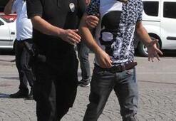 Bursa'da duruşma öncesi çıkan arbedeyi polis ateş açarak durdurdu
