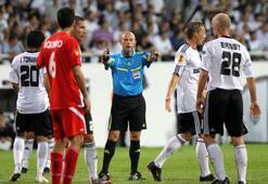 Bulgar taraftarlar maç sonrasında soygun yaptı