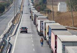 Kapıkule Sınır Kapısı'nda 25 kilometre TIR kuyruğu