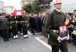 Şehit Uzman Çavuş Ertuğrul Tuğra Kavun son yolculuğuna uğurlandı