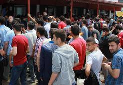 Samsunspor taraftarı 7 bin bileti yarım saatte tüketti