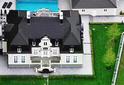 Ibrahimovic evi sattı ama...