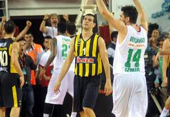 Pınar Karşıyaka - Fenerbahçe Ülker: 82-64