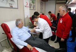 Başbakan Yıldırım: Onlar can verdi biz kan vereceğiz