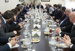 Trabzonsporun yeni yönetimi görev dağılımı yaptı